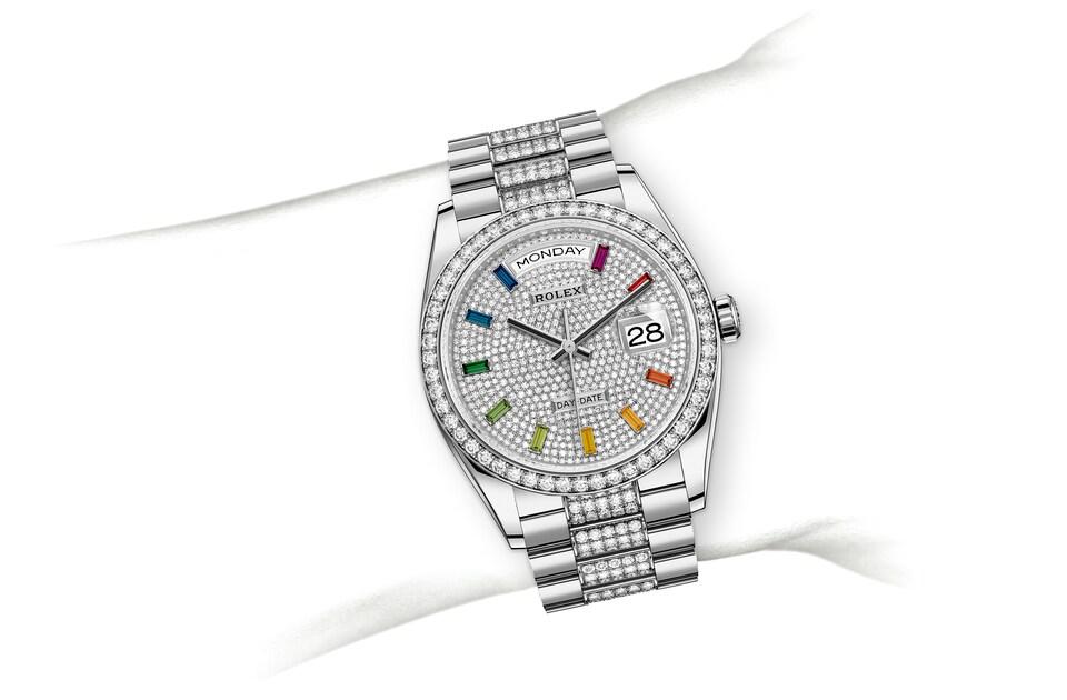 m128349rbr 0012 modelpage on wrist landscape