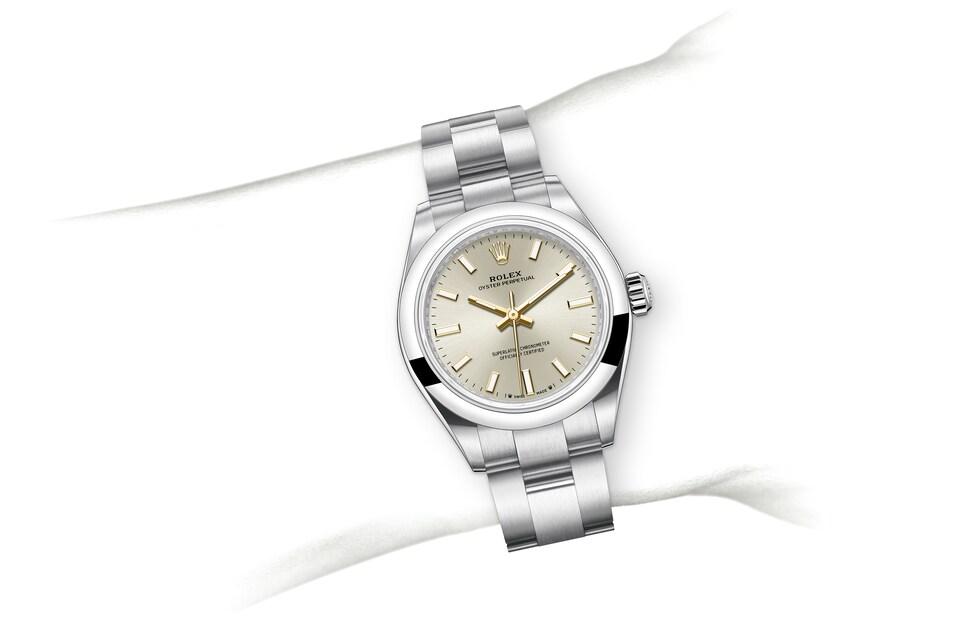 m276200 0001 modelpage on wrist landscape