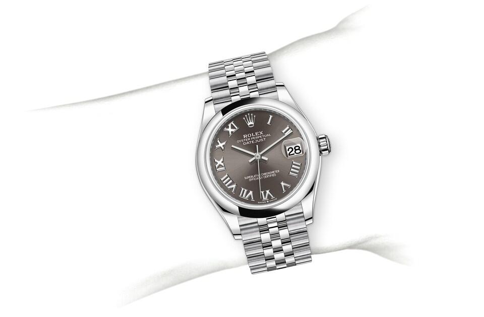 m278240 0016 modelpage on wrist landscape