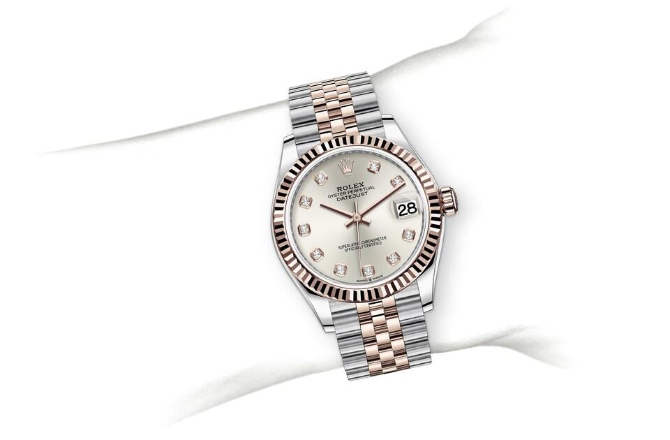 m278271 0016 modelpage on wrist landscape