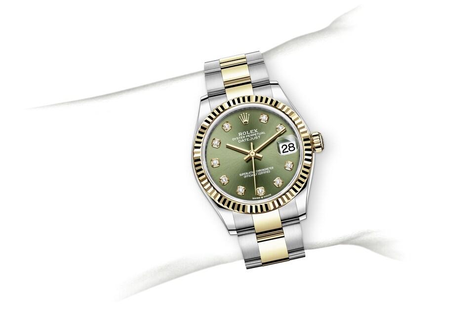 m278273 0029 modelpage on wrist landscape