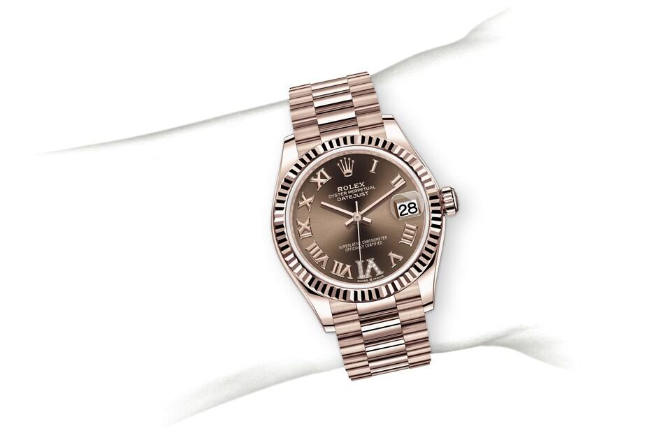 m278275 0025 modelpage on wrist landscape