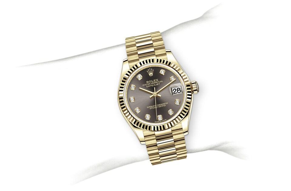 m278278 0036 modelpage on wrist landscape