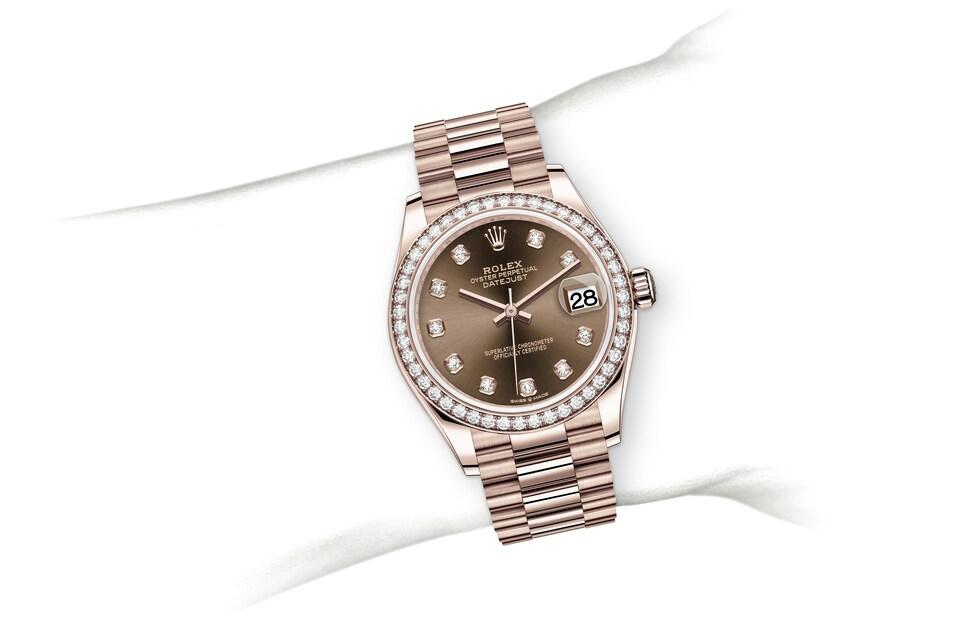 m278285rbr 0006 modelpage on wrist landscape