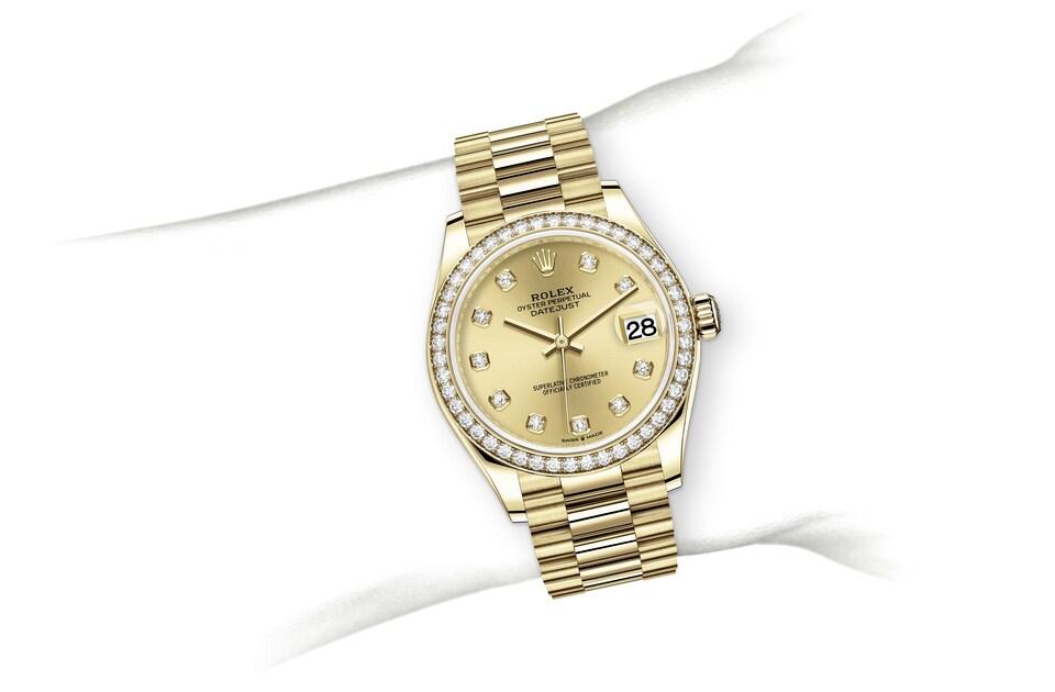 m278288rbr 0005 modelpage on wrist landscape