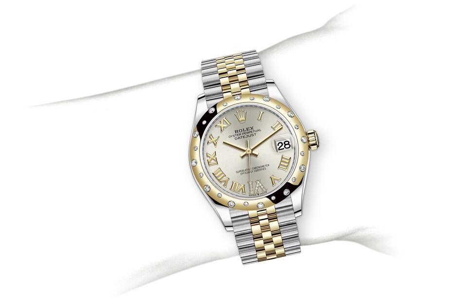 m278343rbr 0004 modelpage on wrist landscape