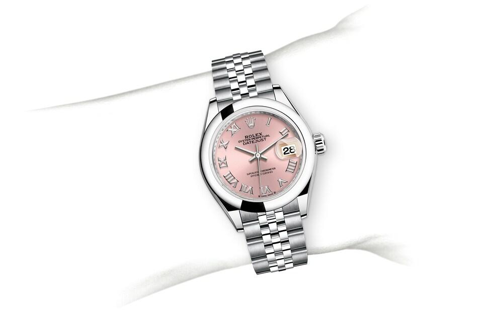 m279160 0013 modelpage on wrist landscape