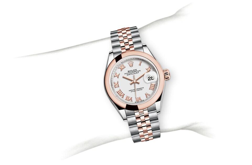 m279161 0021 modelpage on wrist landscape