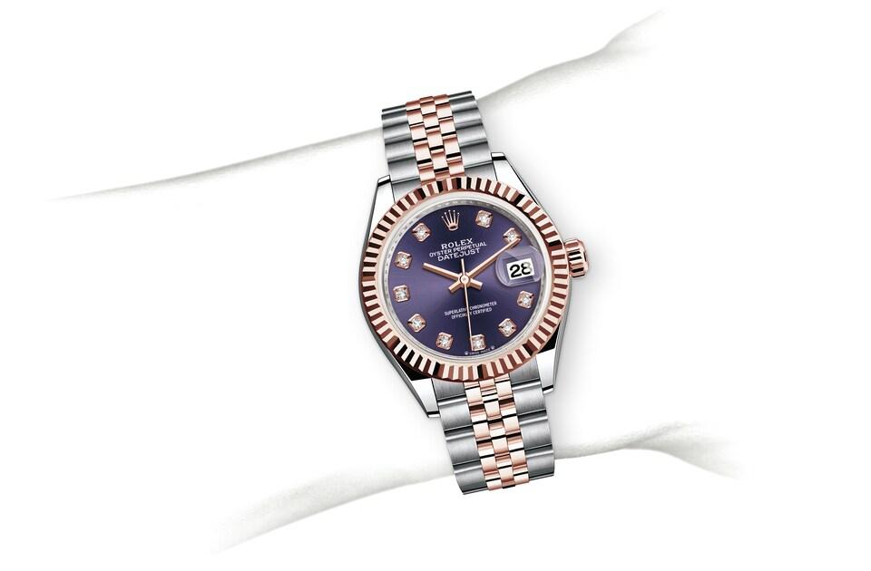 m279171 0015 modelpage on wrist landscape