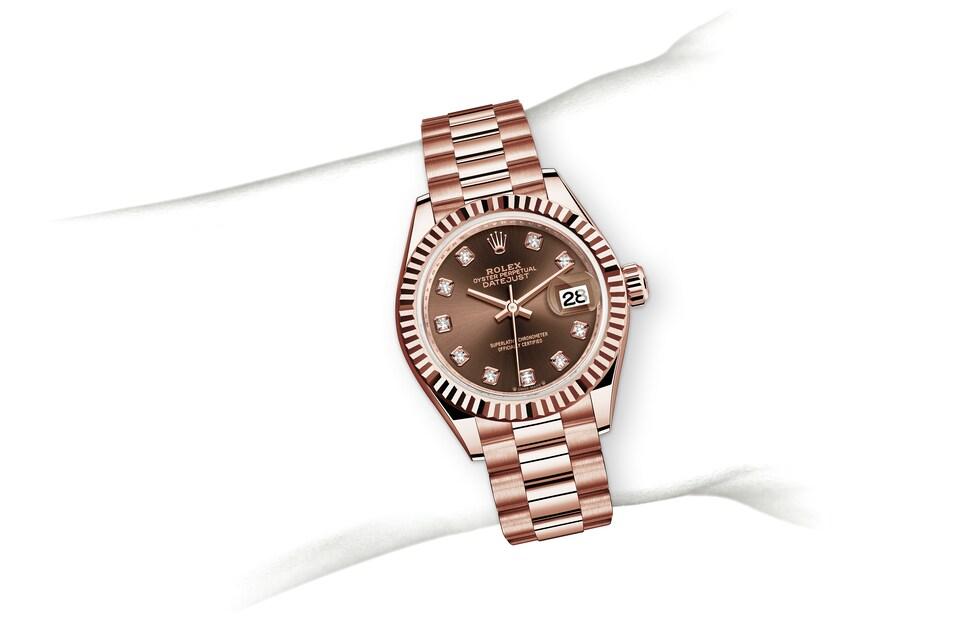 m279175 0016 modelpage on wrist landscape