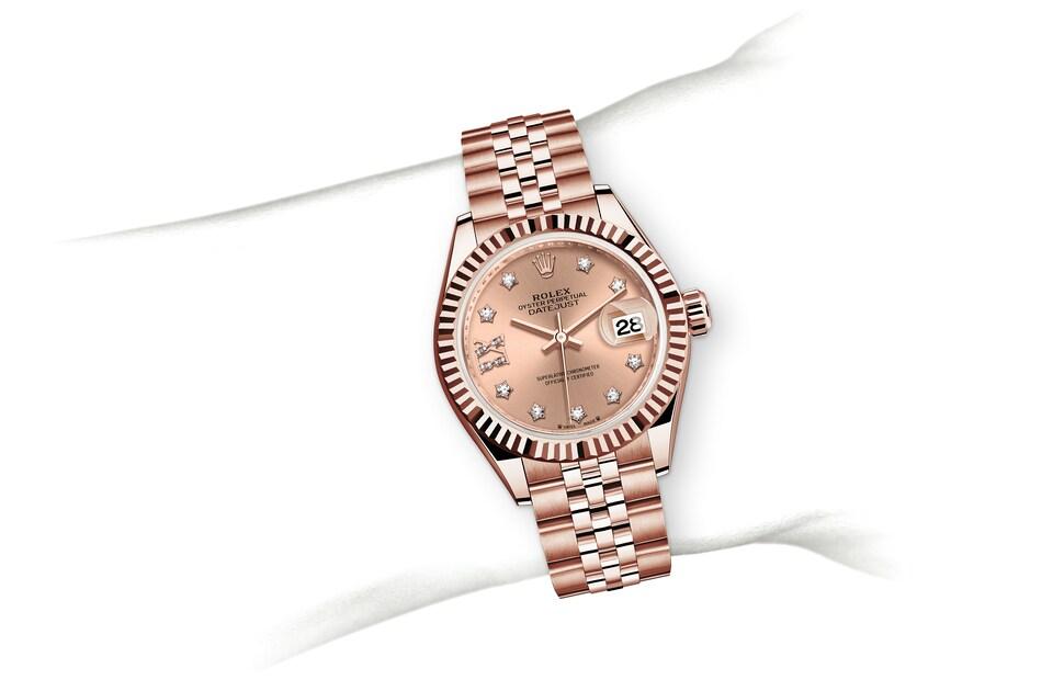 m279175 0030 modelpage on wrist landscape