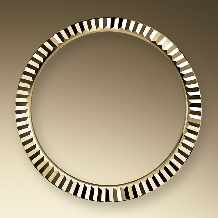the fluted bezel yellow gold 44309